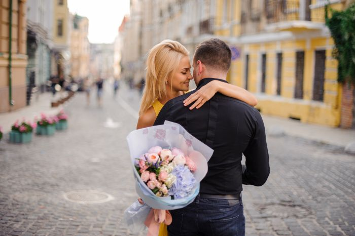The Blooming Blog: Love Stories Through the Ages