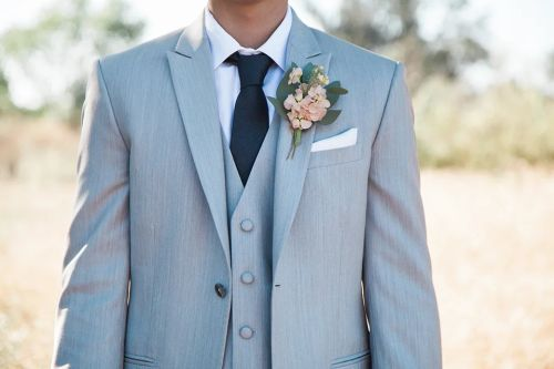 The Blooming Blog:  Classic Wedding Boutonnieres